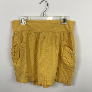 Old Navy yellow skirt with pockets